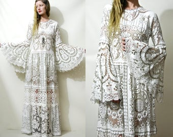 Lace BELL SLEEVE Dress Off-White Flare Sleeve Long Maxi Tiered 70s Vintage Lace Boho Bohemian Hippie Wedding Dress 1970s vtg Handmade S M