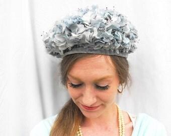 1940s Blue Hydrangea Headpiece Floral Fascinator Damozel New York Designer Vintage Bridal Netting Veil Millinery Pillbox & Colonial Hat Box