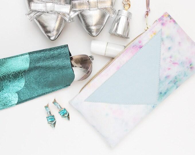 Dyed makeup bag. Cotton zipper pouch. Cosmetic pouch. Makeup organizer. Pencil pouch. Travel pouch. Brush case. Pastel colors. /FLARE 129