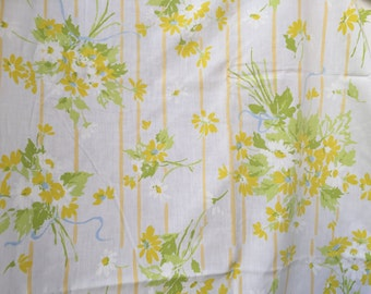 60's Stevens Utica Full Size Flat Sheet - Spring Bouquets of Flowers
