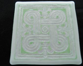 Celtic Knotwork Fused Glass Mosaic Trivet