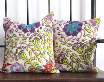 Decorative cushion handwoven - flowers & lines