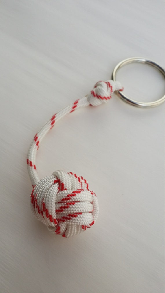 Monkey fist zipper pull