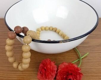 """Vintage Large White Enamelware Fruit Mixing Bowl with Black Rim 11.75"""" Diam. Industrial Farmhouse Kitchen Decor"""