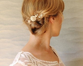 Floral and Twig Ivory Bridal Hair Comb. Wedding Hair Accessory