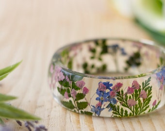 Real Flower Bangle - Forget me nots, Pink Gypsophila - Botanical Jewellery , Pressed Flower Bangle , Resin Bangle , Resin Cuff , Floral