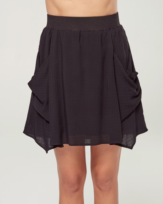 À L'AUBE - short skater skirt with pockets, flared skirt, miniskirt, for women - black