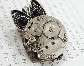 Steampunk Owl Brooch- -Watch Part Brooches- Vintage Owls Jewelry Gift for Steampunk Loving Friend