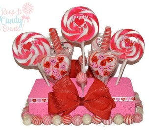 Pink and Red Valentine's Centerpiece, Candy Arrangement, Valentines Centerpiece, Candy Centerpiece, Candy, Lollipop, Valentine, Valentines