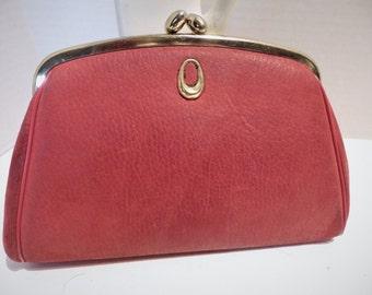 1950s Vintage Red Leather Clutch Handbag Goldtone Frame Kiss Closure