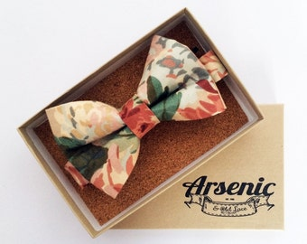Floral bow tie | pink bow tie | peach bow tie | mens bow tie | boys bow tie | toddler bow tie | vintage bow tie | womens bow tie