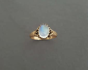 Antique Victorian 10K Gold and Moonstone Claw Set Ring - Alternative Engagement Ring