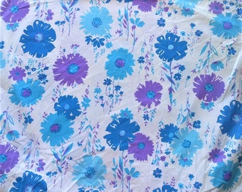 Wabasso White Blue Purple Retro Floral Print Double Full Size Fitted Bed Sheet - 100% Cotton