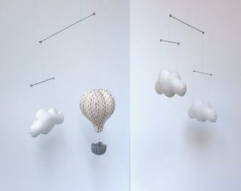 Baby Mobile - Confetti Collection - Hot-air balloon in the clouds - lozenges