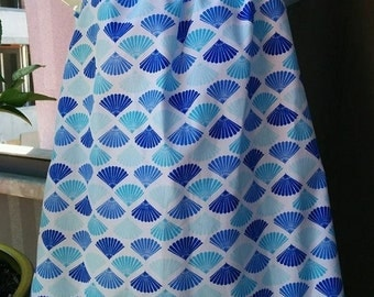 Size 3 Girls Blue Fans Dress with Flutter Sleeves. Light and Dark Blue fans, white