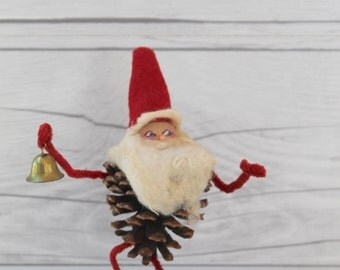 Vintage Christmas Pinecone Belsnickle, Vintage Pinecone Elf, Vintage Pinecone Gnome, Vintage Pinecone Tomte