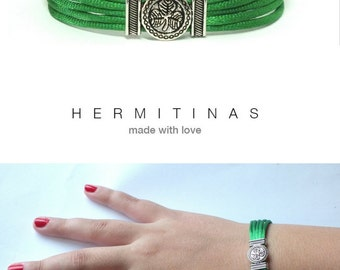 St Patricks Day Bracelet Clover Bracelet Green Silk Cord Bracelet Irish Bracelet Green Frienship Bracelet Men Bracelet Gift Idea Woman Gift