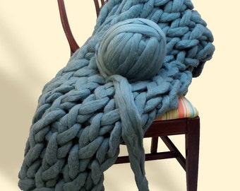 More Colors! Giant Chunky Yarn 100% Merino Wool for Arm Knitting or Bulky Knit Blanket Cowl Scarf Cat Bed Huge