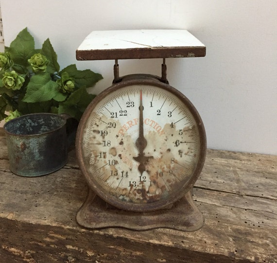 Antique Kitchen Scale: Vintage Kitchen Scale Perfection Ceramic Top Rusty Silver