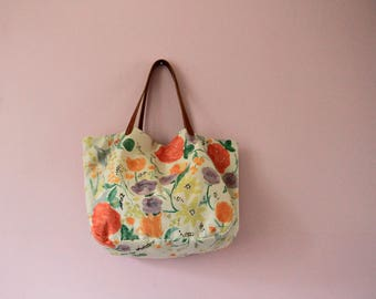 Slouchy floral tote bag with leather straps, Large boho bag, White flannel and linen bag, Big flowers print handbag, Gift for women, Spring