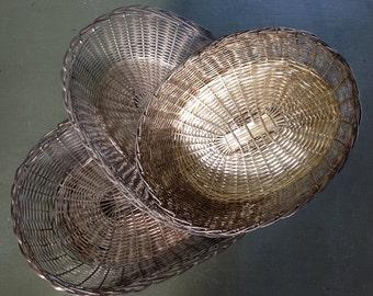 Set of 3 twisted iron baskets