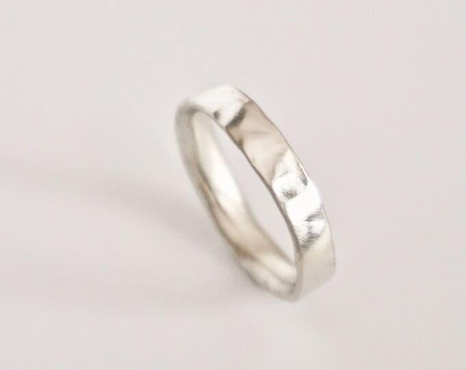 White Gold Molten Ring - 9 Carat