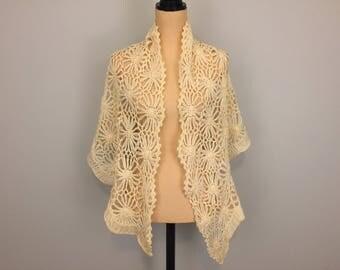 Vintage Shawl Cream Crochet Shawl Wool Knitted Shawl Cream Wrap Hippie Shawl Boho Shawl Ivory Prayer Shawl Made in Japan Womens Clothing