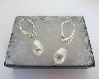 Pear drop pearl earrings, White pearl earrings, Swarovski pearl earrings, Pear drop earrings, Pearl leverback earrings, Made in the UK