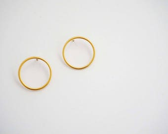 Matte Gold Circle Stud Earrings