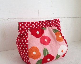 Flex Frame pouch:camellia pink and red dots