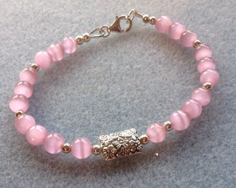 Pink Cat's Eye Glass Bead Bracelet