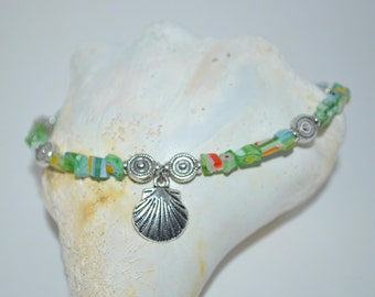Ankle Bracelet Glass Chip & Shell Charm, Shell Charm Anklet, Glass Chip Anklet, Glass Anklet, 1 of a kind Anklet, Green Glass Chip Anklet