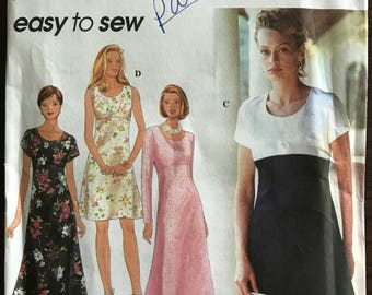 Simplicity 9675 - Easy to Sew Raised Waist Dress in Knee or Midi Length - Size 6 8 10