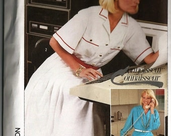 Vintage Sewing Pattern - Simplicity #7270, Misses' Size 12