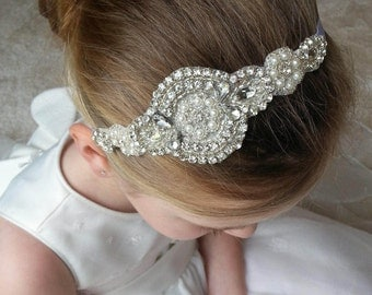 Flower Girl Bridesmaid First Communion Hair Accessory Rhinestone & Pearl   Applique