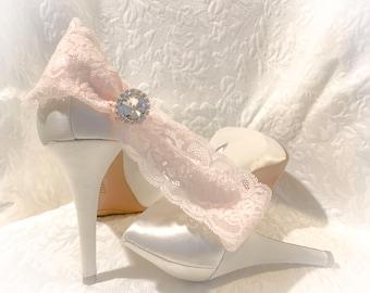 Bridal garter, blush pink garter,wedding garter,flower garter,lace garter,pearl garter,romantic garter