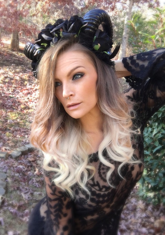 Horn Headdress, Horn Headpiece, Horn Headband, Ram Horn Headdress, Ram Horn Headpiece, Ram Horn Headband, Burning man, Festival Clothing,