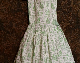 Cuest green and white, fabric pictures vintage dress, Vintage item from the 1980s