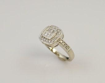 14k White Gold Diamond Engagement Ring  Size 6.25 ~ Approximately .7 CTW