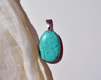 vintage 90s modernist turquoise pedant Silver classic chic 1990s jewelry artisan large blue stone