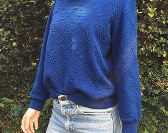 Vintage Mock Neck Quilted Sweatshirt in Royal Blue