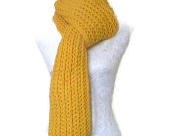 Mustard Yellow Chunky Knit Scarf // Long Knitted Scarf // Super Chunky Knitted Scarf // Long Warm Womens Scarf // Unique Handmade Scarf