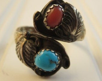 Vintage Turquoise & Coral Ring Size 7.75 Southwest Native American Style Ring