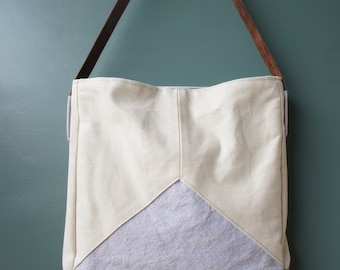 Triad Tote Bag in Wisteria