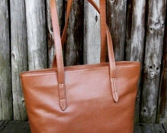 Medium Handbag (Tan)