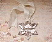 Personalized For Grandma Vintage Style Polymer Clay Snowflake Ornament Christmas Holiday Winter Decor Gift For Her, Antique Bronze Pearl