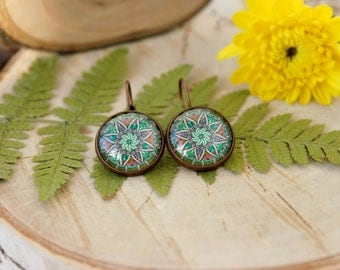 Abstract Green and Pink Ornament Colorful Earrings, Antique Copper, Glass Cabochon