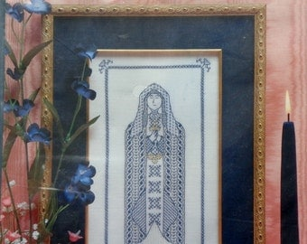 Rae Iverson | Moss Creek Designs | BLACKWORK Ii | MEDIEVAL MAIDEN | Counted Cross Stitch Pattern | Chart Kit