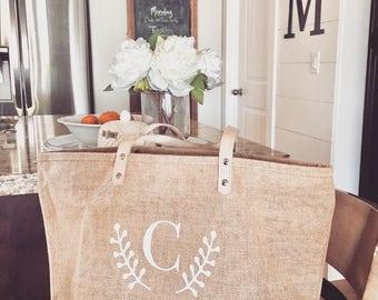 Personalized Mother's Day, Gifts For Mom,Bridesmaid TotesBridesmaid Gifts,Monogram tote Bag,Beach Bag,Jute Tote,Burlap Bag,Custom Purse