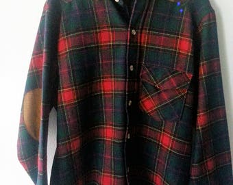 Vintage WOOLRICH Wool Plaid Shirt with Sueded Collar and Sleeve Patches